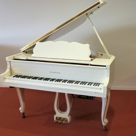 piano-a-queue-occasion-samick-1